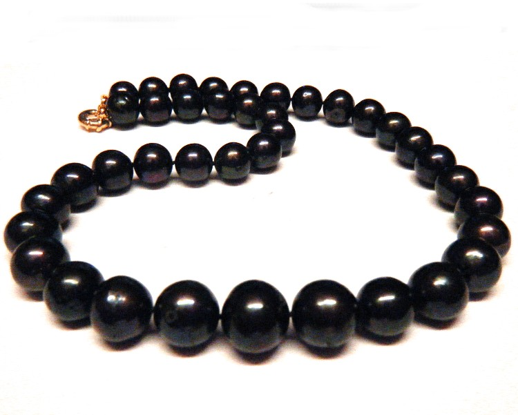 Black 11.8-15.2mm SemiRound Pearls Necklace